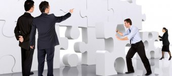 Developing effective business communication strategy